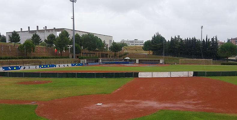 Het veld in Montegranaro was vandaag onbespeelbaar.